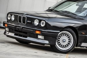 Japan-Spec E30s Popular in Overseas, Sold at Surprising Prices