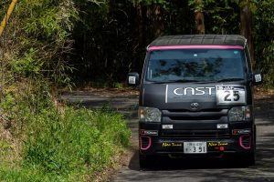 Kunisawa's Hiace competing in the Japanese Rally Championship