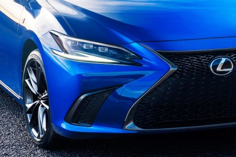 2022 Lexus ES Coming with Updated Design and Tons of New Features