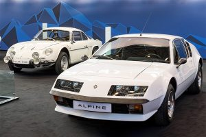 A310 with its predecessor, A110