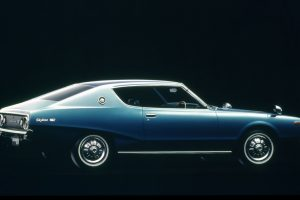 The round-shaped taillights iconic to the Skyline started with this generation