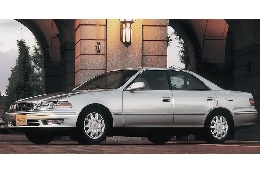 Toyota's Mark II received not only a luxurious model, but also a high-performance model