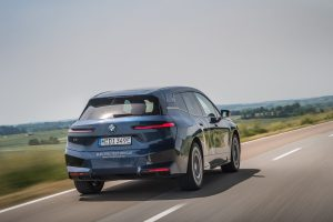 The 111.5 kWh battery gives the BMW iX an ample range of up to 630 kilometres.