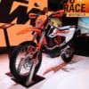 大胆なデザインで独自路線を突き進むKTM 新型車や電気バイクのコンセプトモデルを発表【EICMA2018現地レポート】