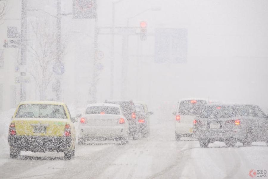 冬タイヤはまさしく雪道や凍結路などで本来の力を発揮する