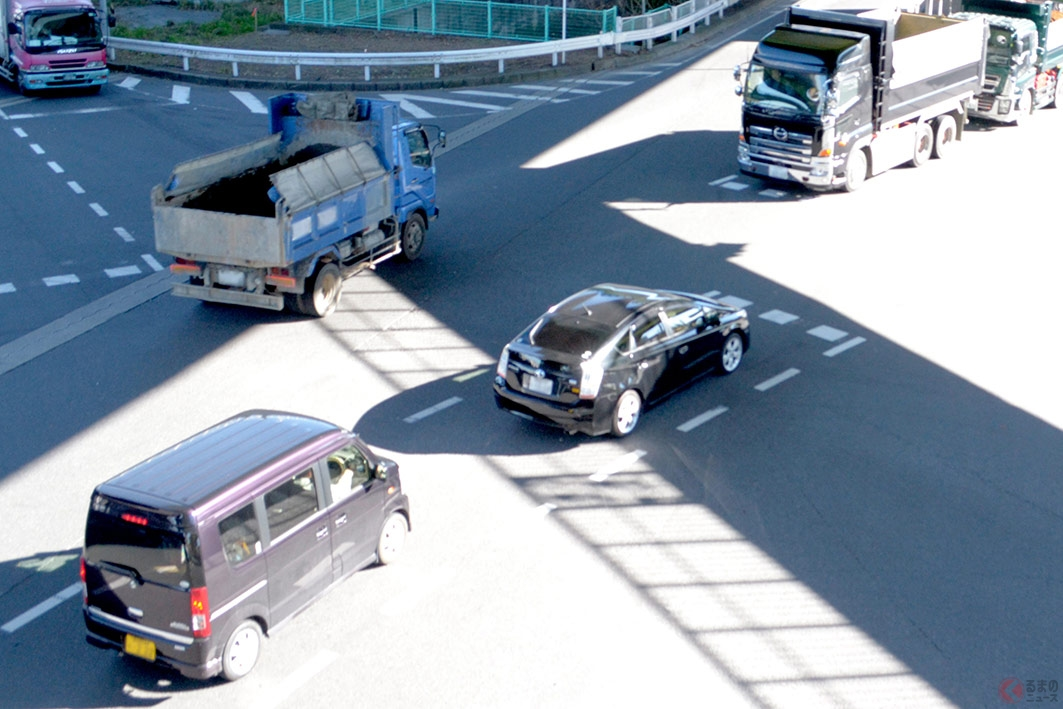 全国各地に点在する「ご当地交通ルール」。とくに右折方法には独自ルールが多い
