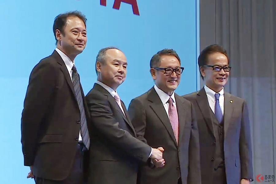 MONET設立時に会見をおこなったトヨタ・ソフトバンク両社の取締役(2018年)