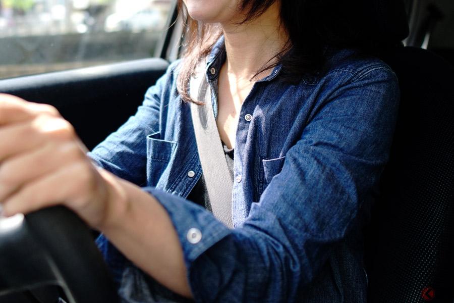 シートベルト着用率は前席と後席で大きく異なる