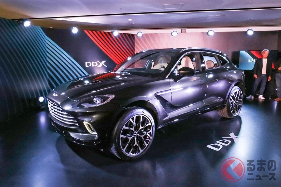 日本でお披露目されたDBXは、アジアパシフィックに配置された2台のうちの1台。まだ生産試作車である