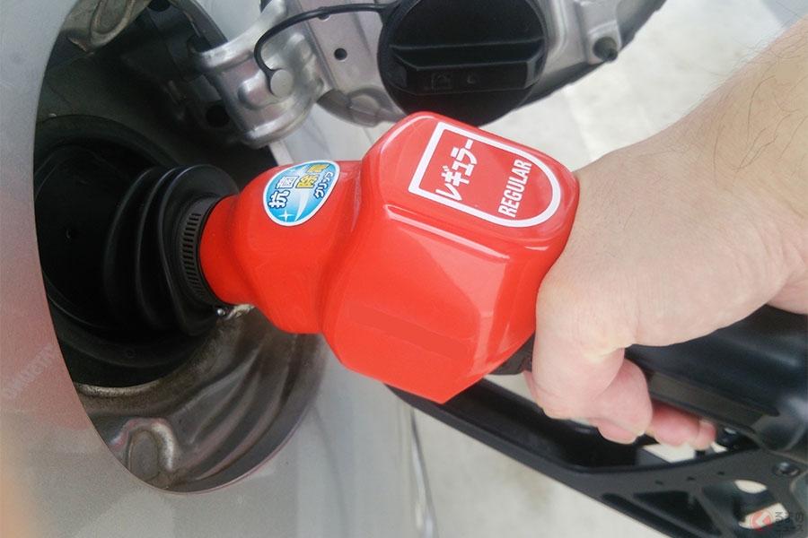あなたは「満タン派」or「半分派」どっち? 賛否両論あるガソリン量でどっちが良いのかを計算してみました!