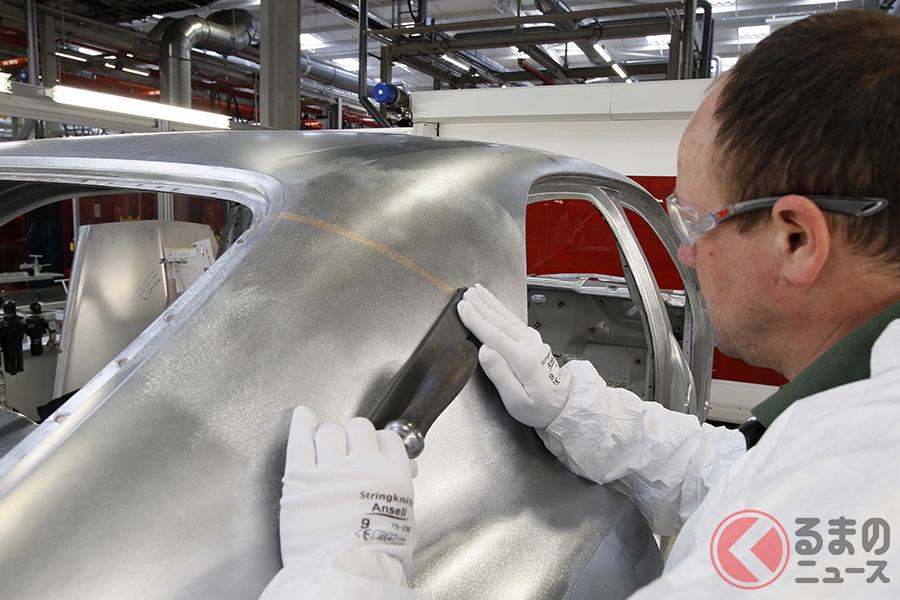 実に5800箇所の溶接部分が、手作業によって仕上げられる