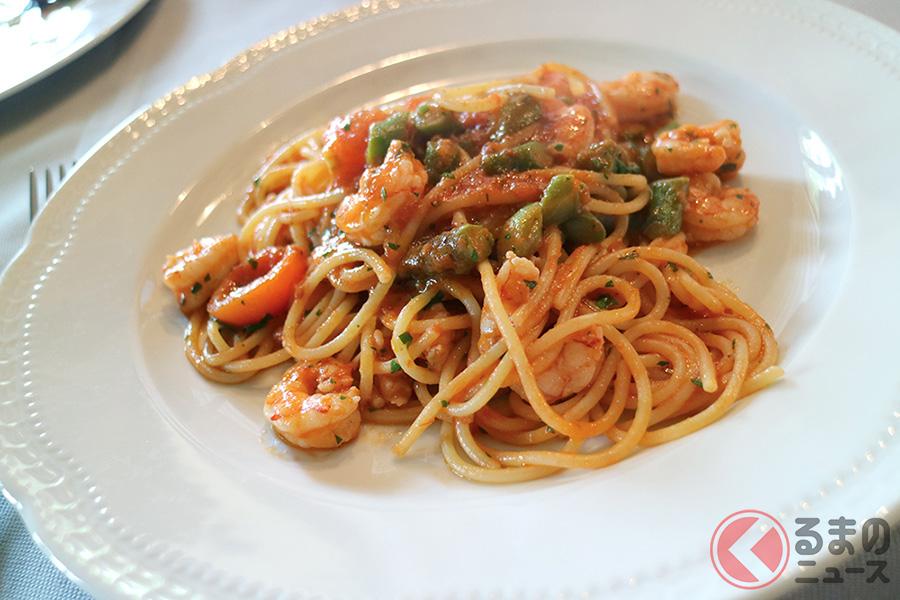モデナ近辺のパスタと言えばトルテッローニやタリアテッレなどがメジャーだが、キャバリーノではスパゲッティも出してくれるので、馴染みのある日本人にはありがたい