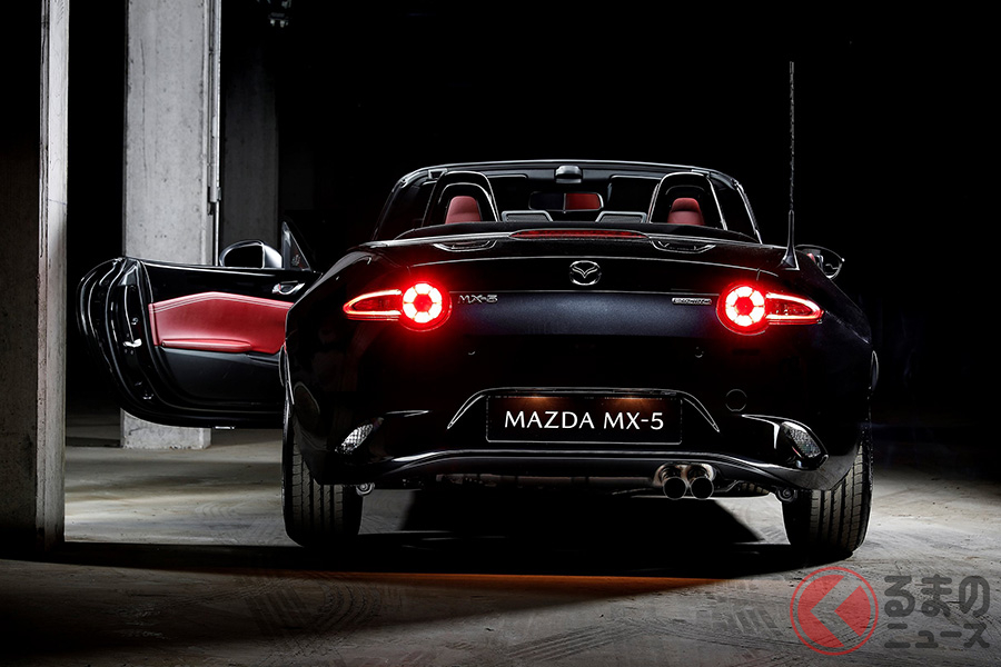 フランス市場で発売された限定車 マツダ「MX-5 ユーノスエディション」の外観