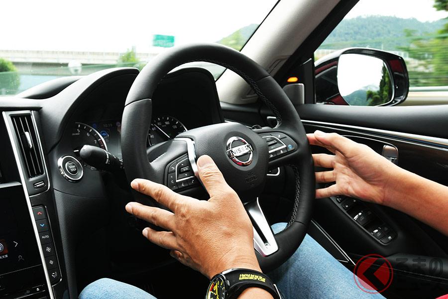自動運転の技術はまだ開発途上で、完全な自動運転ではない
