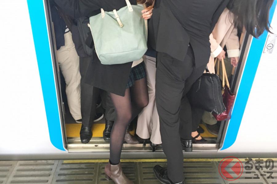 電車通勤のイメージ