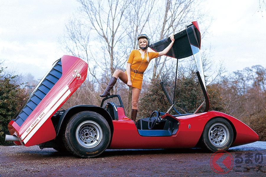 ピニンファリーナが1969年1月にベルギーのブリュッセル・ショーで発表したフィアット・アバルト2000スコルピオーネ