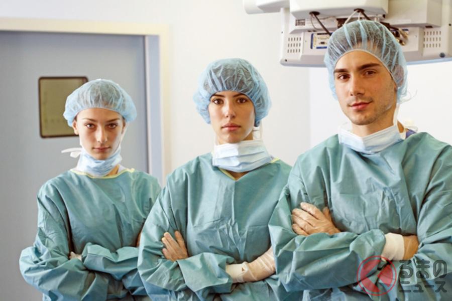 新型コロナウイルスと戦う医療従事者のイメージ