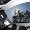 車内で日光浴び放題! ガラスルーフが特徴的なクルマ3選