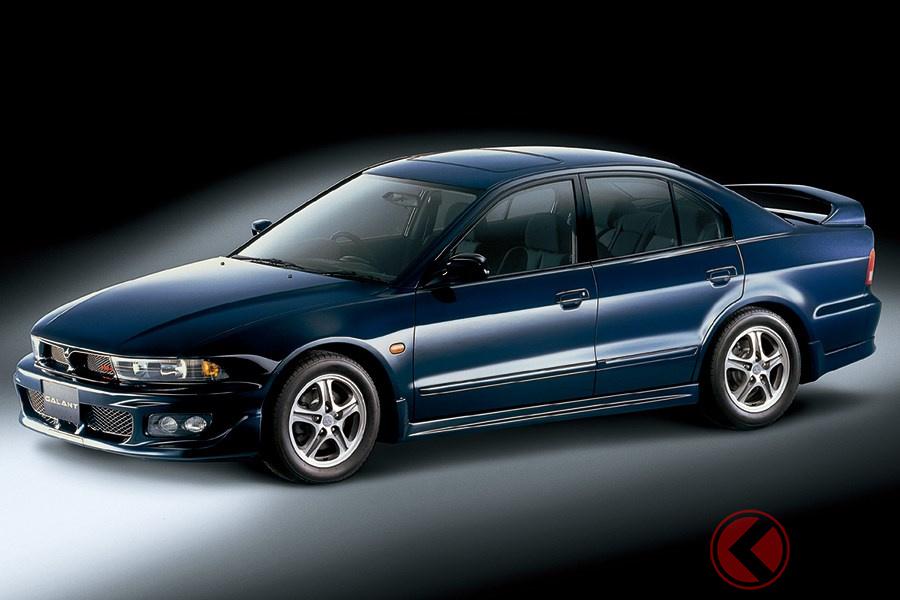 シリーズ最後のモデルとなった高性能なセダンの「ギャランVR-4」