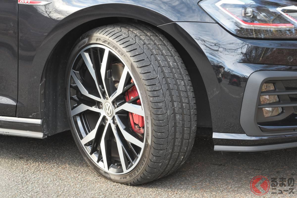 VW「ゴルフGTIパフォーマンス」のタイヤサイズは225/35R19。試乗車はピレリ「Pゼロ」を装着