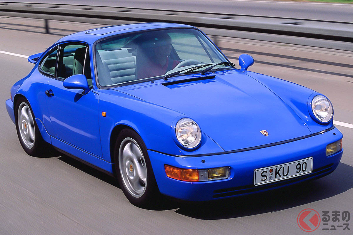 ボディは剛性が高いだけでなく、先代の930型と比べて空力的に大幅な改良が施され、電子式リアスポイラーなどを搭載していた(C)Porsche AG