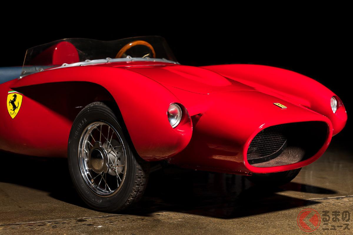 実際にアメリカの正規ディーラーで販売されたフェラーリのチルドレンカーの落札価格は、実車と変わらないプライスだった(C)2020 RM Sotheby's
