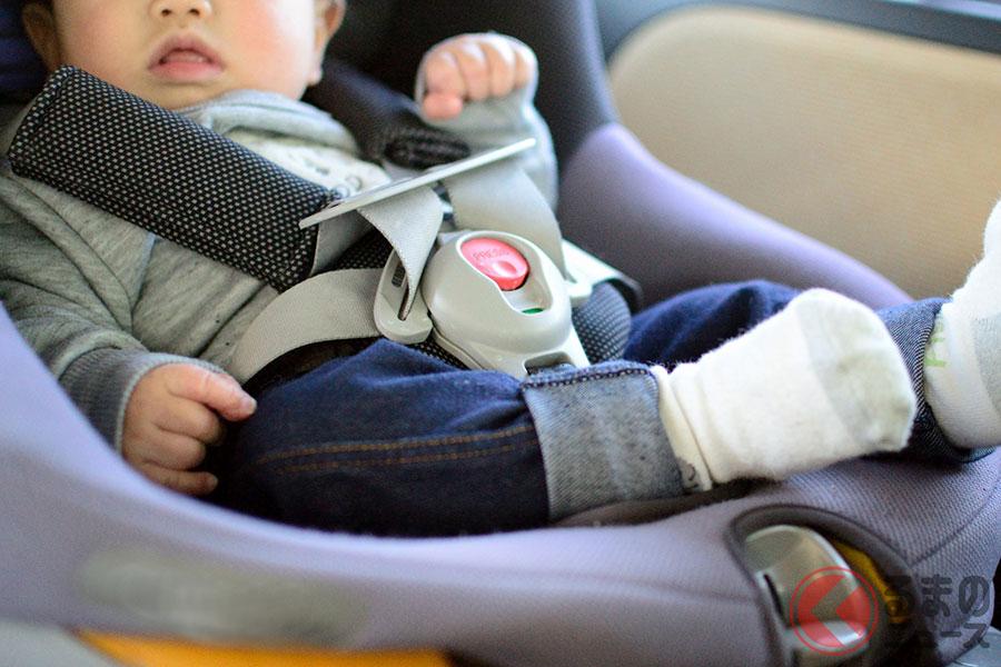 現在販売されているチャイルドシートのほとんどは3点式シートベルトまたはISO FIXで固定することが前提(写真はイメージ)