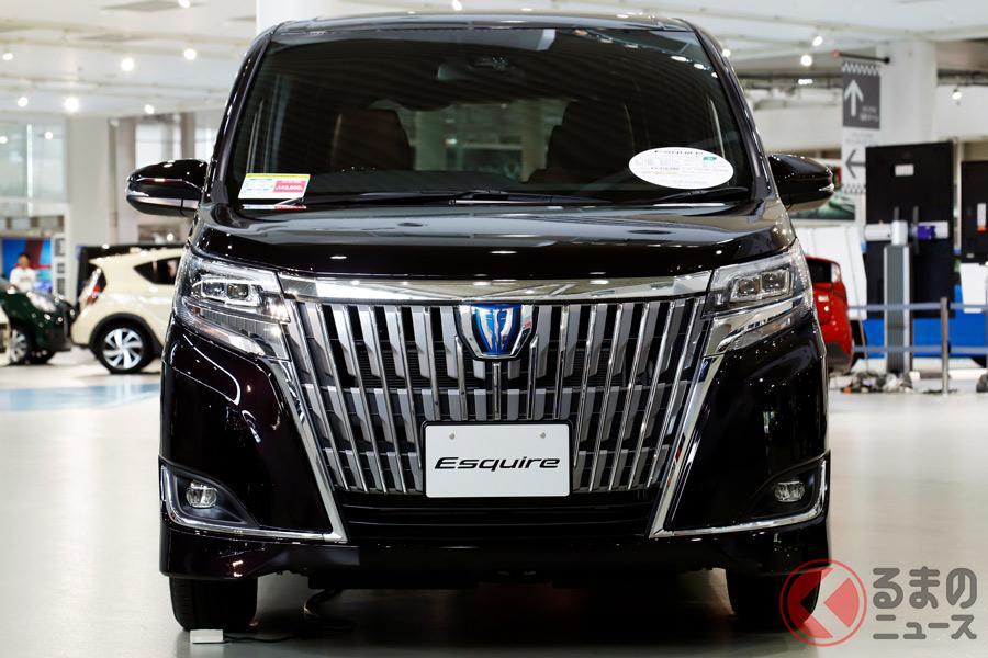 トヨタが2014年10月に発売した高級ミニバン「エスクァイア」