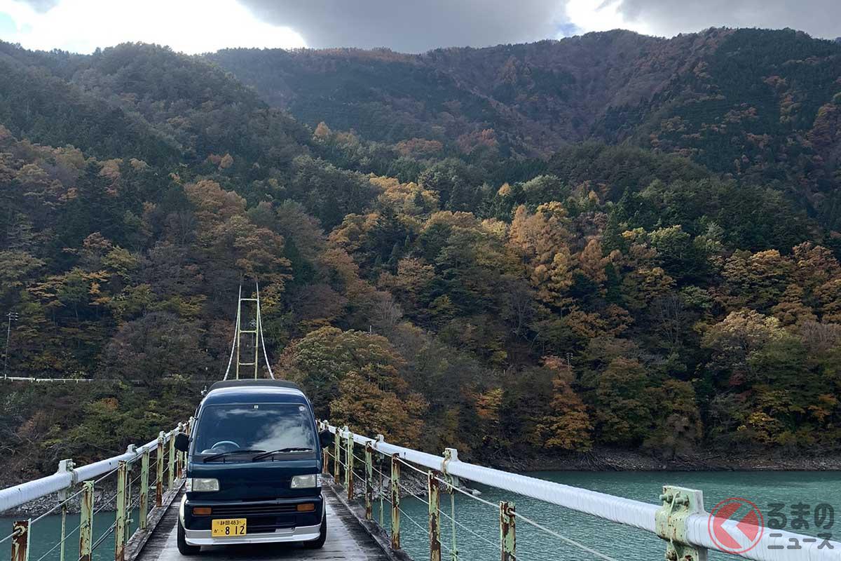 クルマで渡れるつり橋「井川大橋」(画像提供:@HopeFilter)