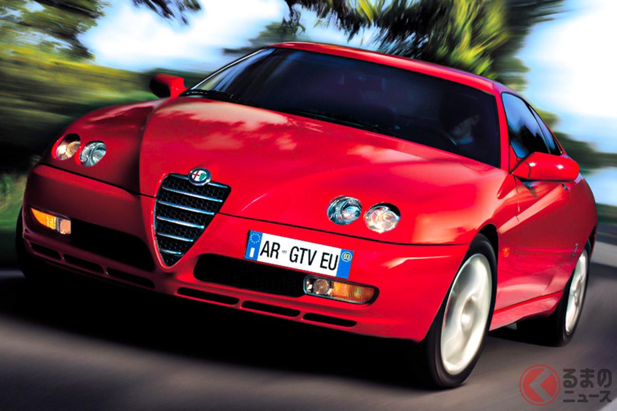 1994年に発表されたFFレイアウトのスポーツクーペ。名車アルフェッタから継承されたGTVという名前は「速いGT車」という意味を持っている