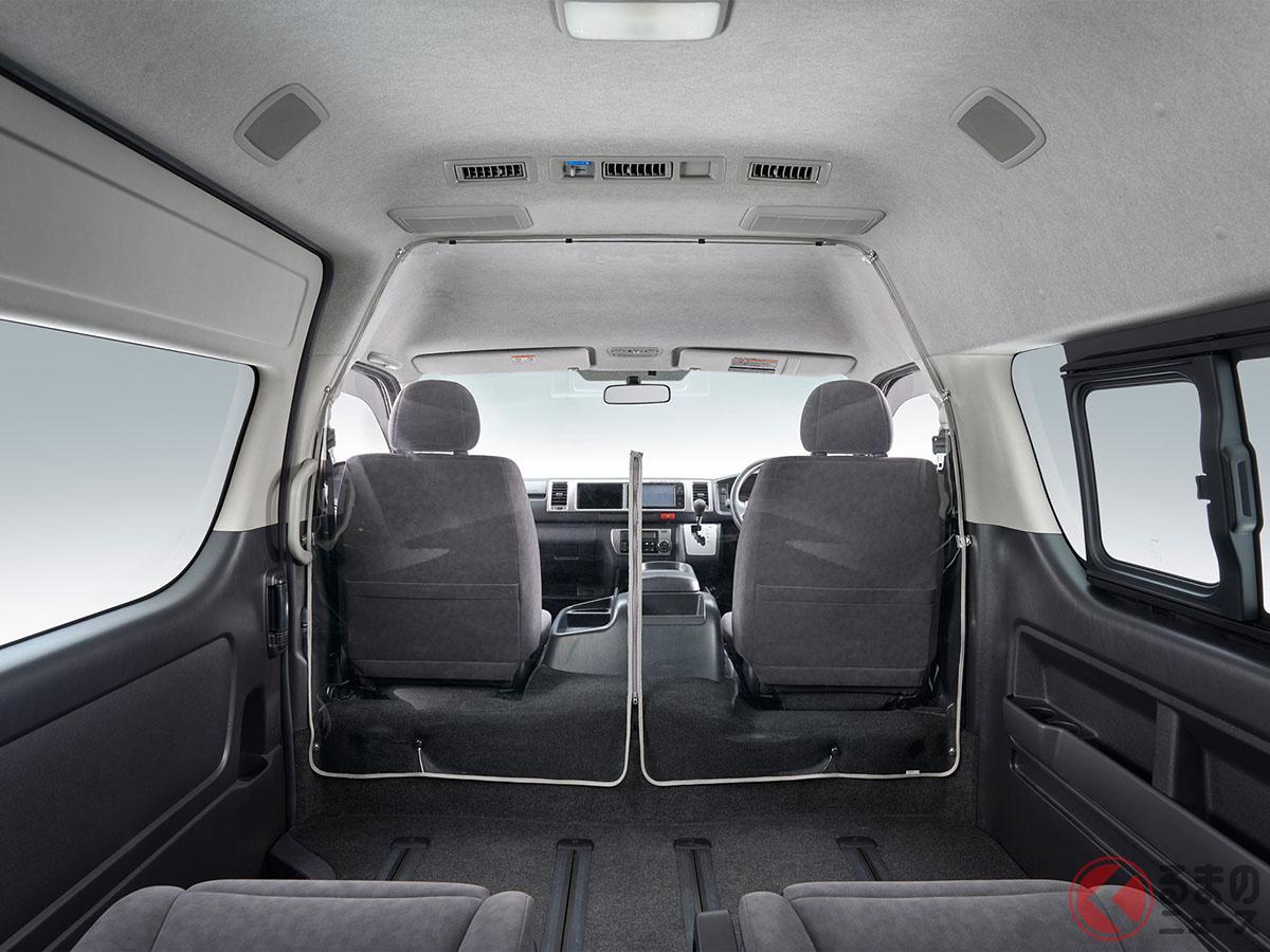 トヨタ「ハイエース」用純正「飛沫感染対策セパレータ」