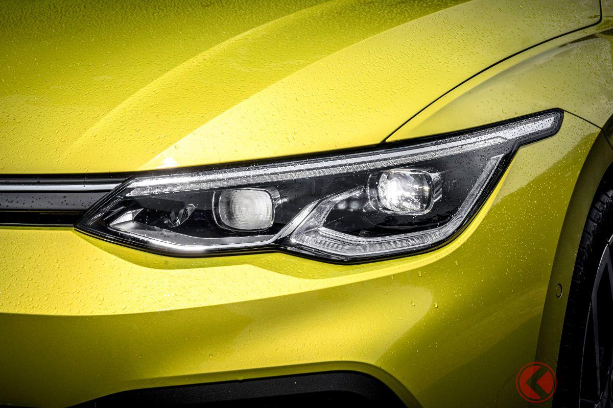 VW新型「ゴルフ」のLEDヘッドライト