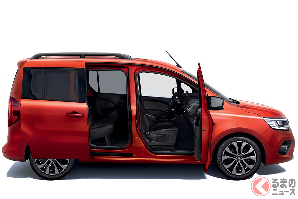 90度開く助手席ドアや、615mm開くリアスライドドアにより、車内へのアクセスは容易