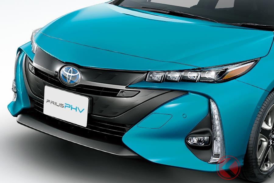 プリウスとはデザインが違うトヨタ「プリウスPHV」