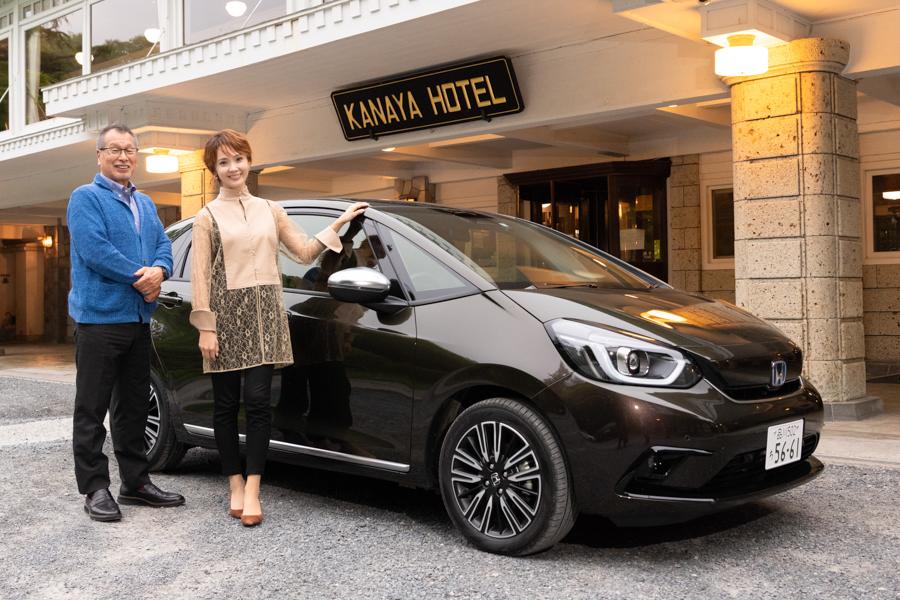 Honda FIT「LUXE」を元タカラジェンヌ「壱城あずさ」が体験! ロングドライブで見た様々な魅力とは
