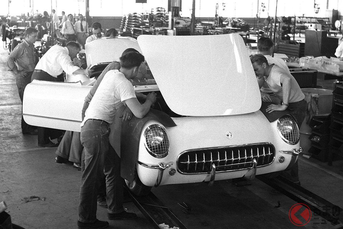 1963年6月30日、ミシガン州フリントで生産された初代「コルベット」