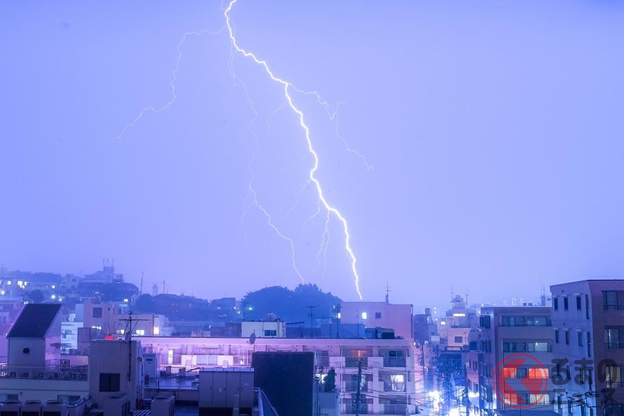 夏場はゲリラ豪雨や雷に注意が必要