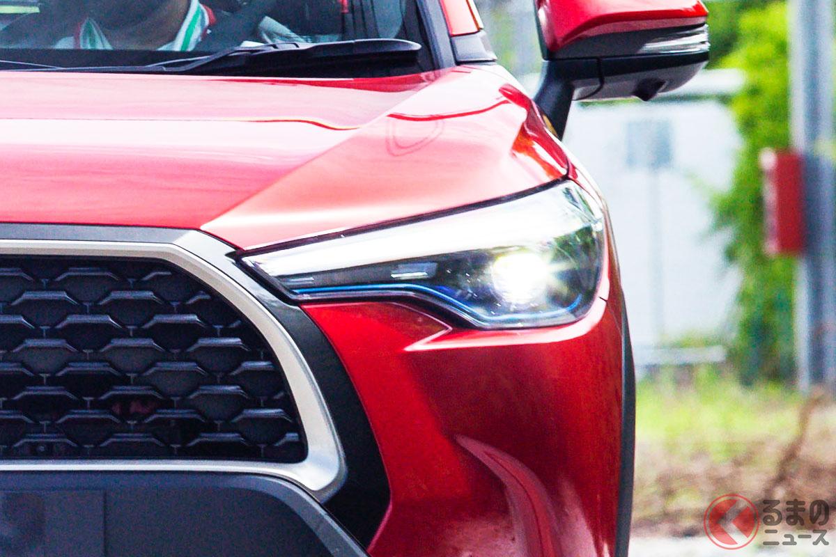 トヨタ新型「カローラクロス」(画像はタイ仕様)
