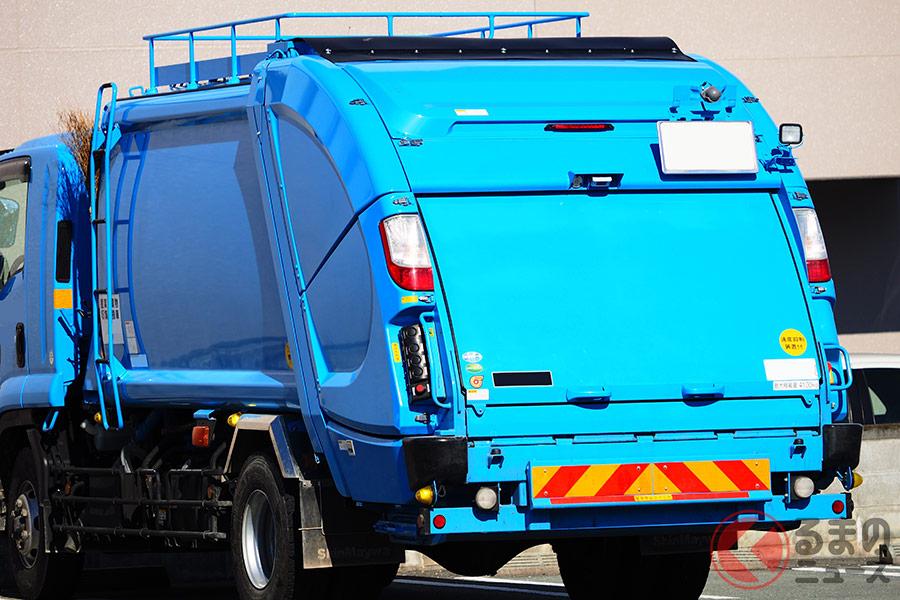 街中で見かけるゴミ収集車。その中身はどうなっている?
