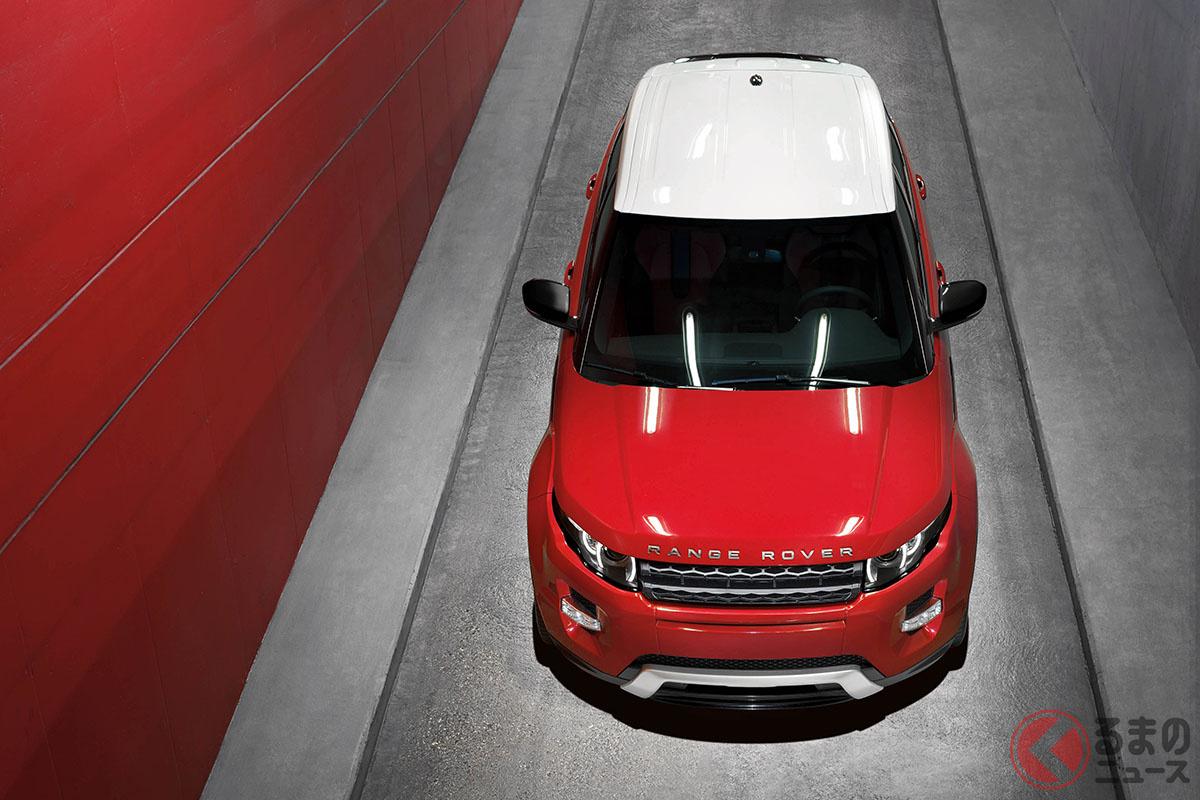 盛り上がったフェンダーを持つ筋肉質なエクステリアデザイン。ボディサイズは全長4355mm×全幅1900mm×全高1635mmと、見た目ほど大きくはない(C)Jaguar Land Rover
