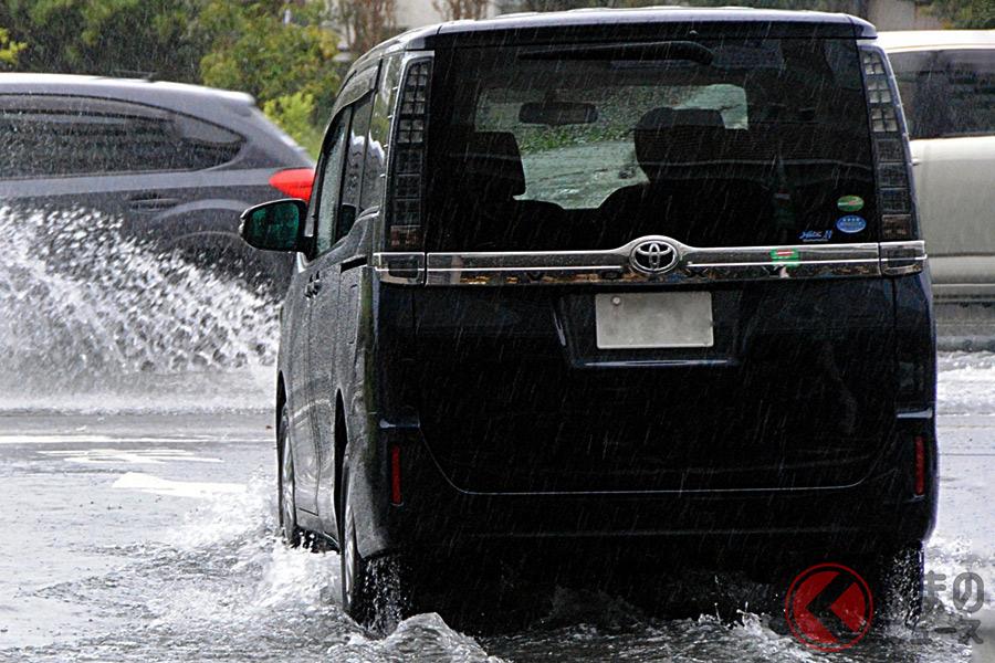 台風被害から自らの命と愛車を守るためにはどうするべき?