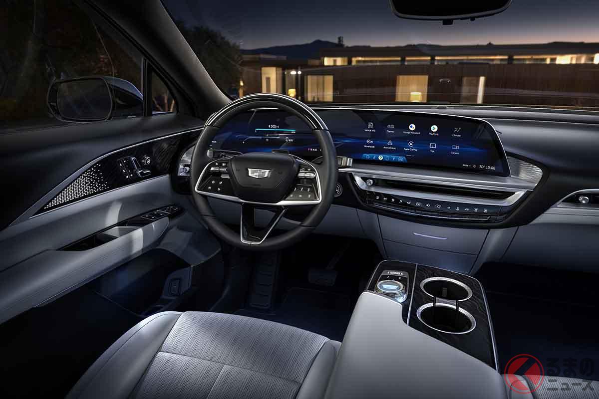 キャデラックの新型電動SUV「リリック」のインパネ