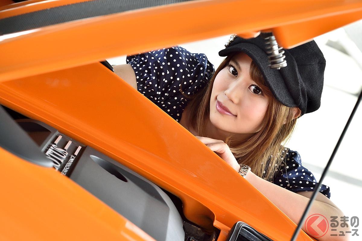 「エリーゼ・スポーツ220II」のようなピュアスポーツカーは、助手席に座っているより、ぜったいに自分で運転すべきです