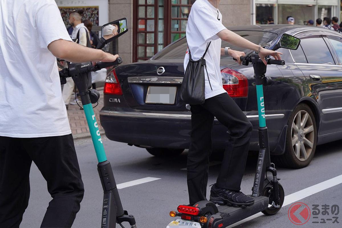 電動キックボードで横行する違反行為(撮影:加藤博人)
