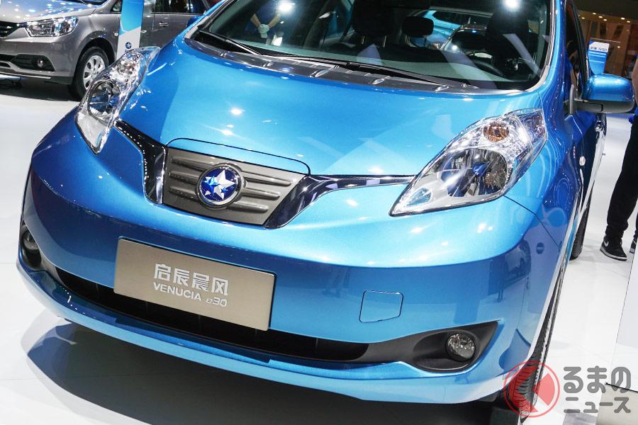 日産「リーフ」の現地生産車となるヴェヌーシア「e30」。どことなくデザインが異なる(写真:加藤博人)