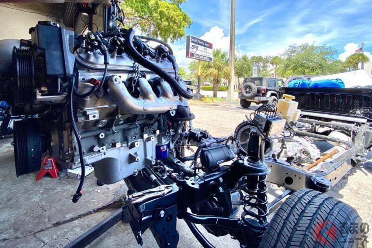 シボレー「コルベット」の6.2リットルV型8気筒エンジンを搭載(Copyright c JamesEdition.com)