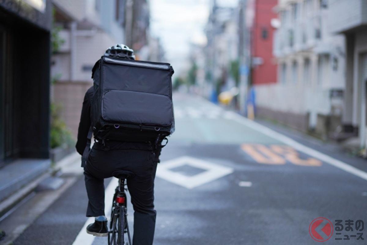 危険な運転をする自転車配達員が増加(イメージ)