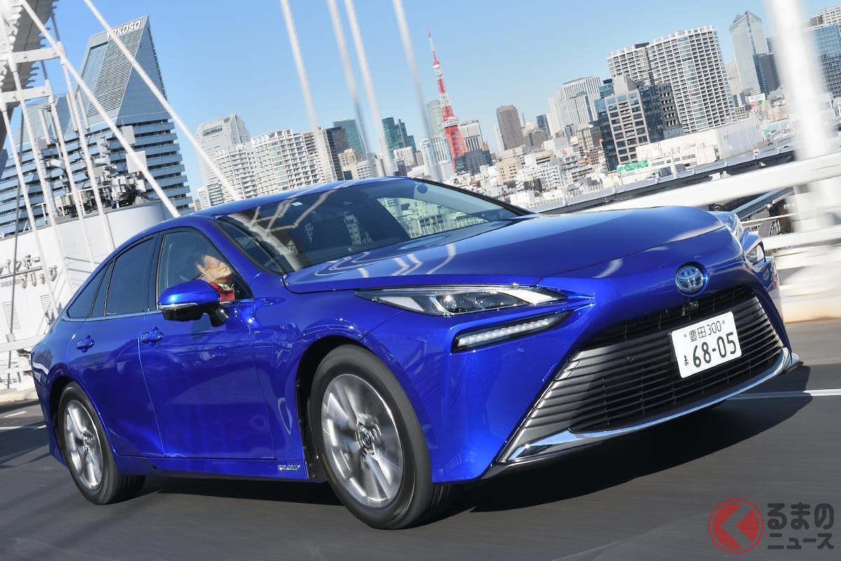水素で走るトヨタ新型「ミライ」