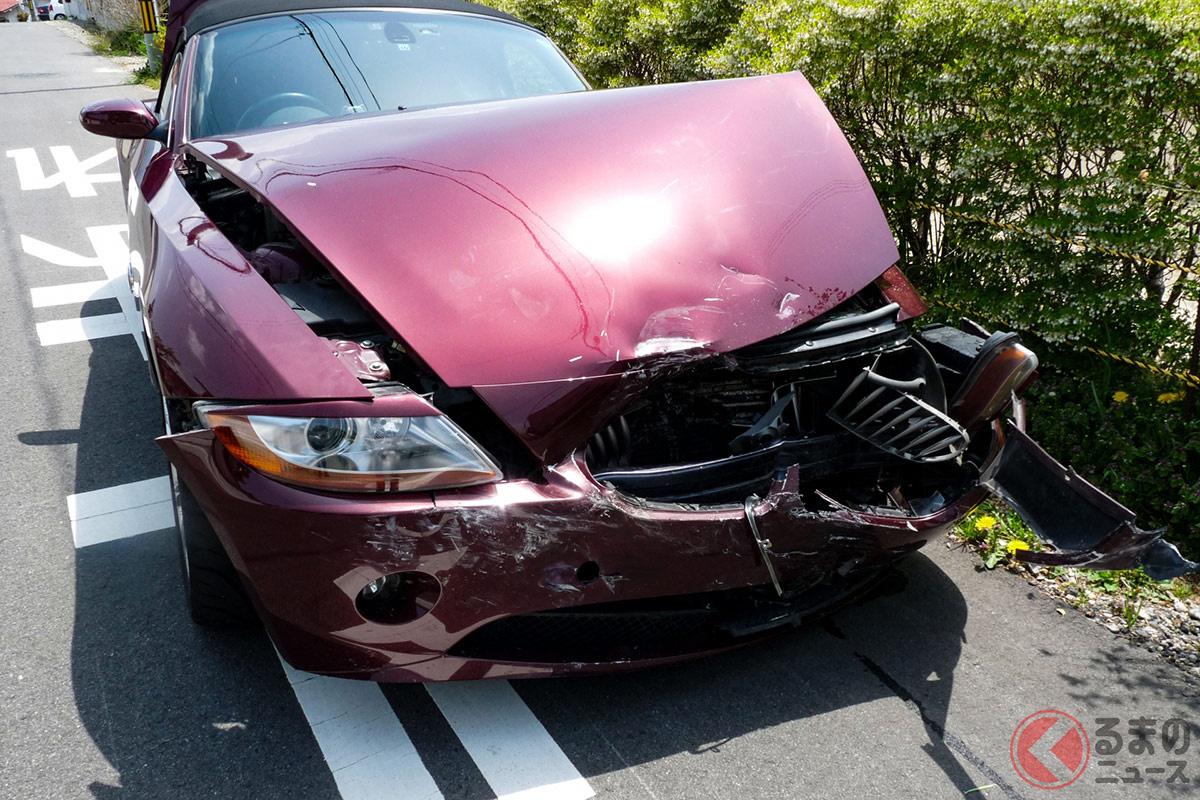 交通事故のイメージ。事故内容によって、保険の適用内容は大きく変わる。「弁護士費用特約」が付いているかは再確認を!