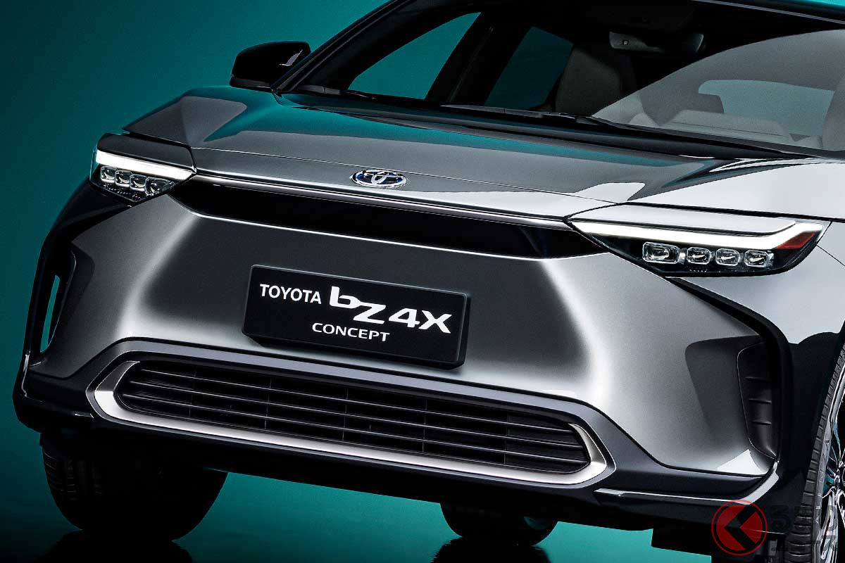 上海モーターショーでトヨタが発表した新型EV「bZ4Xコンセプト」